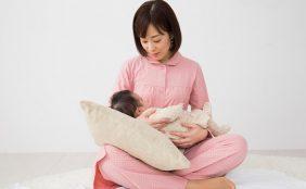 【助産師監修】母乳の正体は血液?母乳が出る仕組みや母乳を出す方法