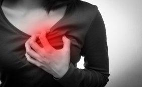 【助産師監修】乳口炎とは?原因や対処法が知りたい!