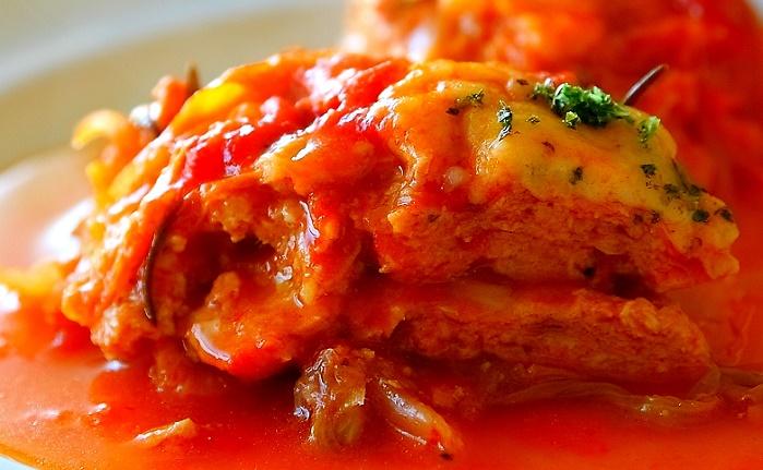 キャベツのトマトミルフィーユ煮込み
