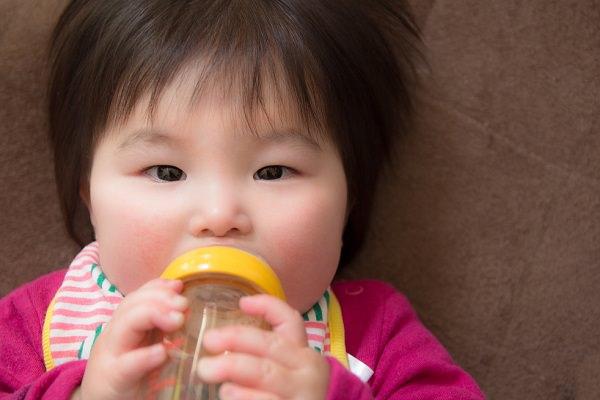 ミルク育児