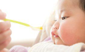 【助産師監修】赤ちゃんが食べてはいけないもの8選