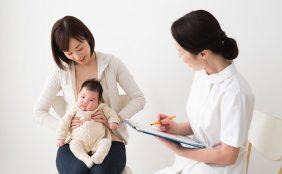 【助産師監修】母乳外来で母乳育児を相談!診察内容や費用、保険の適用について