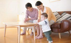 生後10ヶ月の赤ちゃんの体重や離乳食、夜泣きについて
