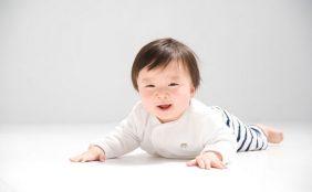 生後8ヶ月の赤ちゃんとの生活~離乳食や体の成長~