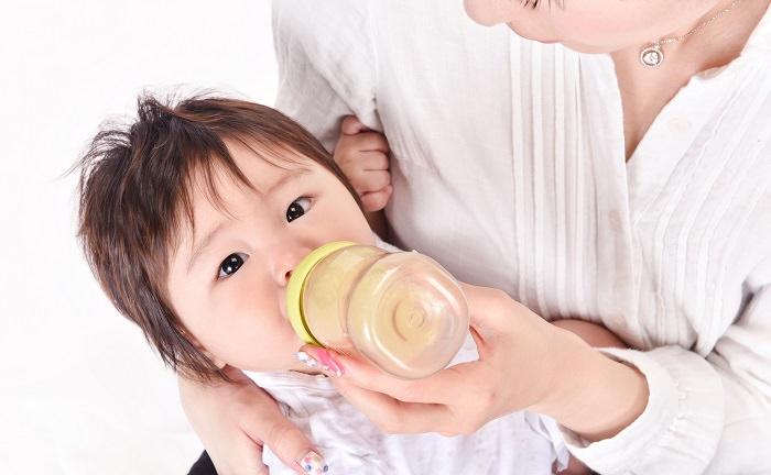 母乳とミルクの混合授乳
