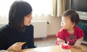 【助産師監修】赤ちゃんの離乳食-初期・中期・後期の量と進め方-