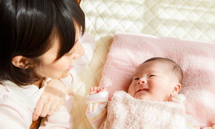 ママ_生後3ヶ月赤ちゃん