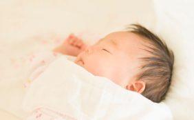 【助産師監修】生後1・2・3ヶ月の赤ちゃんの母乳量・授乳間隔・授乳回数は?