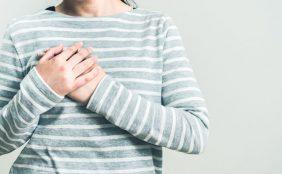 【助産師監修】乳腺炎になりかけ?乳腺炎の初期症状や悪化させない対処法は?