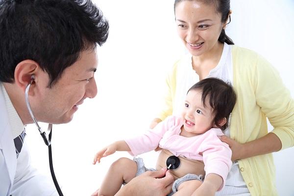 母乳噴水:病院に行くべき嘔吐