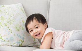 【助産師監修】1歳1ヶ月の赤ちゃん、離乳食や体の成長について