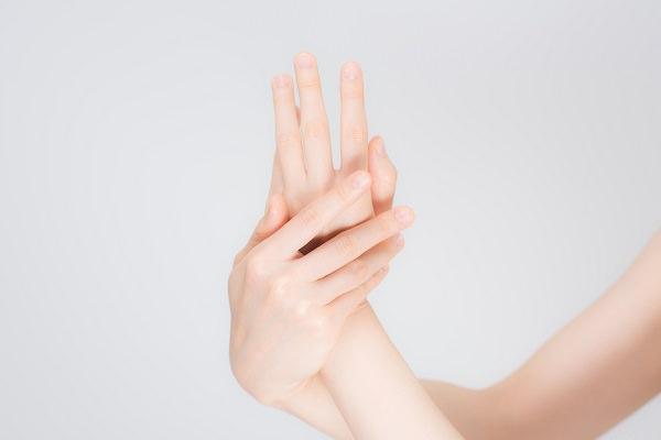 カレンデュラオイル:産後の手あれ