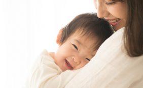 【助産師監修】子どものイライラに。キッズマッサージの効果や方法