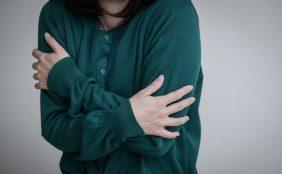 【助産師監修】冷え性は母乳が出ない!?母乳を増やすために
