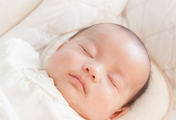 赤ちゃんの睡眠600