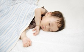 赤ちゃんの寝汗対策