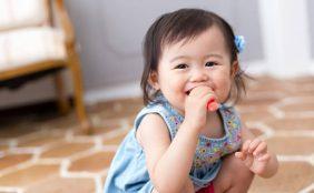 【助産師監修】1歳の赤ちゃん~離乳食や生活の様子~