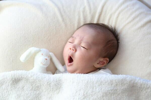 ヶ月 授乳 間隔 生後 2
