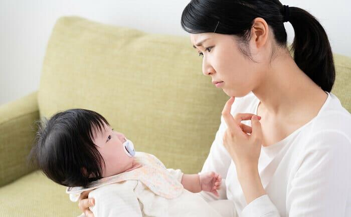 【医師監修】このしこりは乳腺炎⁉それとも乳がん? 体験談あり