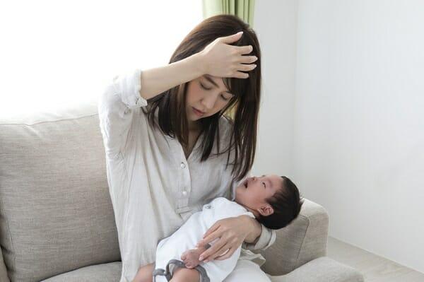 『夕方から母乳の分泌が減ってしまいます。安定して出るようになるの?』