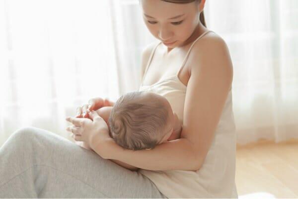 『乳頭保護器と直接の授乳、分泌に違いはありますか?』